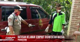 Ratusan Relawan Semprot Disinfektan Massal