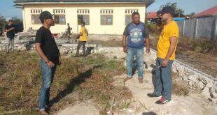 Azis Hentihu Kunjungi Lokasi Pembangunan Graha HMI Cabang Namlea