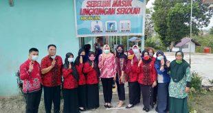 Dinyatakan Zona Orange, GOW Kabupaten Melawi Lakukan Monitoring Prokes Sekolah-Sekolah