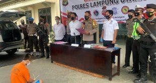 Lempar Mobil Polisi dengan Batu, Pelaku Diamankan Polres Lampung Utara