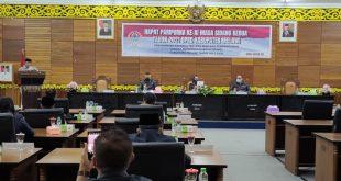 Bupati dan Wakil Bupati Melawi Sampaikan Raperda RPJMD Tahun 2021-2026